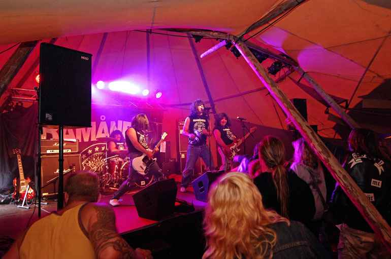 Band playing inside a tipi hired for an event in Essex | County Marquees East Anglia